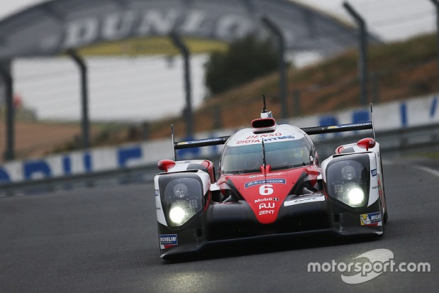 lemans-24-hours-of-le-mans-test-day-2016-6-toyota-racing-toyota-ts050-hybrid-stephane-sarr