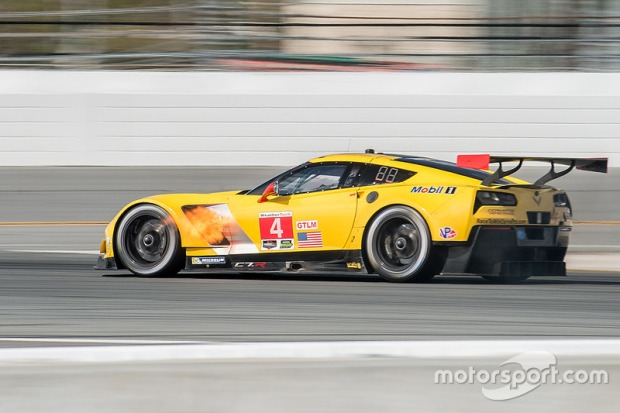 imsa-daytona-january-testing-2017-4-corvette-racing-chevrolet-corvette-c7-r-oliver-gavin-t