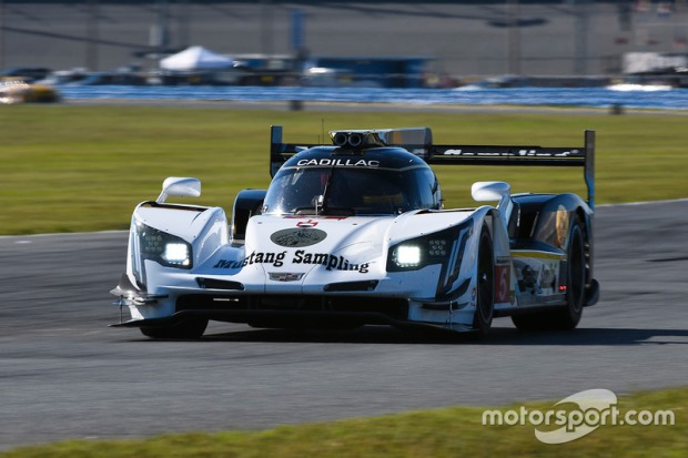 imsa-daytona-january-testing-2017-5-action-express-racing-cadillac-dpi-joao-barbosa-christ