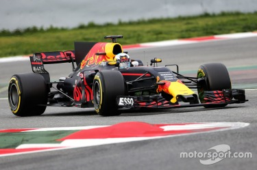 f1-barcelona-pre-season-testing-i-2017-daniel-ricciardo-red-bull-racing-rb13