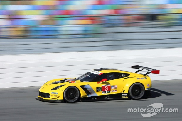 imsa-daytona-january-testing-2018-3-corvette-racing-chevrolet-corvette-c7-r-antonio-garcia