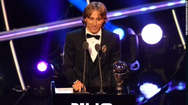 180924210335-the-best-fifa-football-awards-2018-best-player-modric-exlarge-169