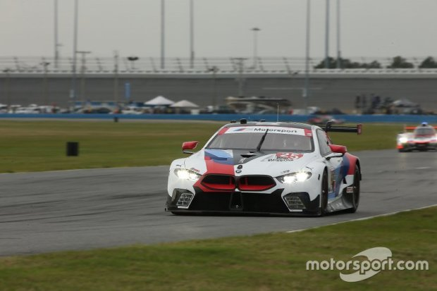 25-bmw-team-rll-bmw-m8-gte-con-1