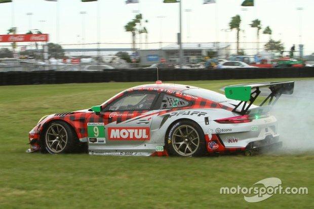 9-pfaff-motorsports-porsche-91-1-4
